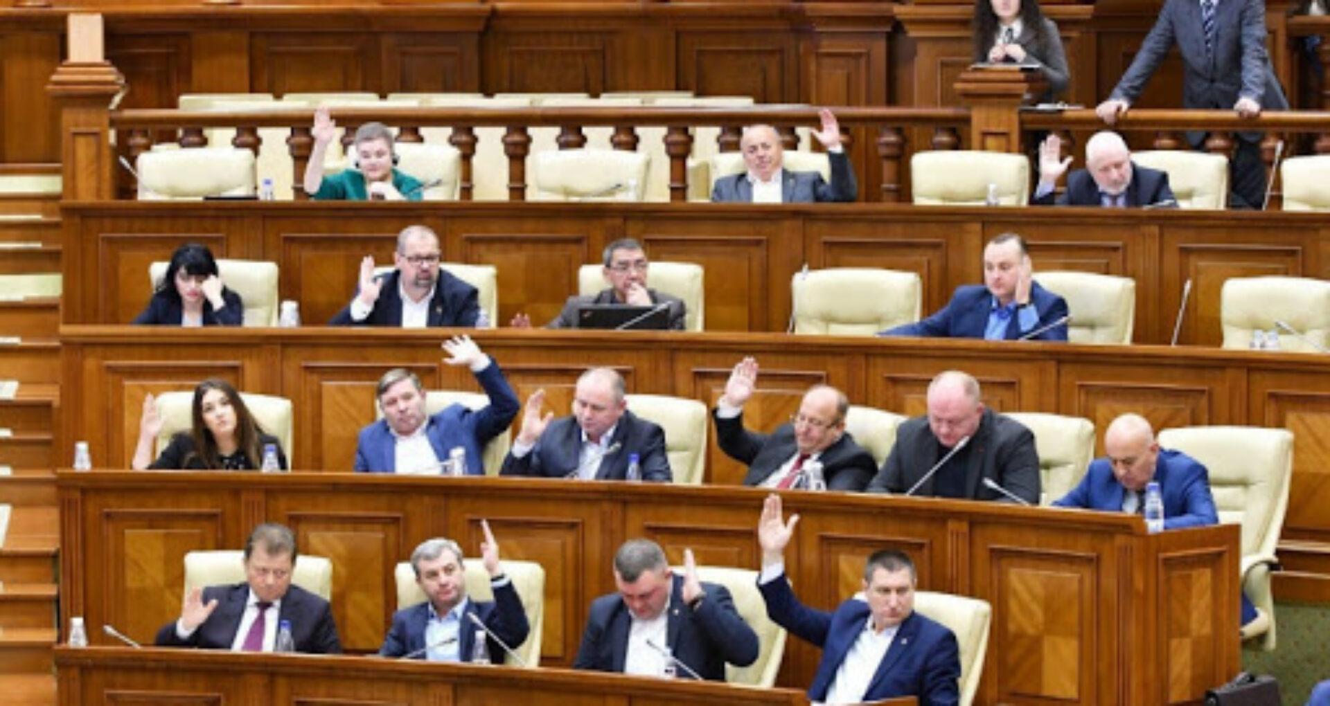 Interpelări la ANI: Reniță cere să fie verificate averile socialiștilor Bolea, Furculiță și Odnostalco