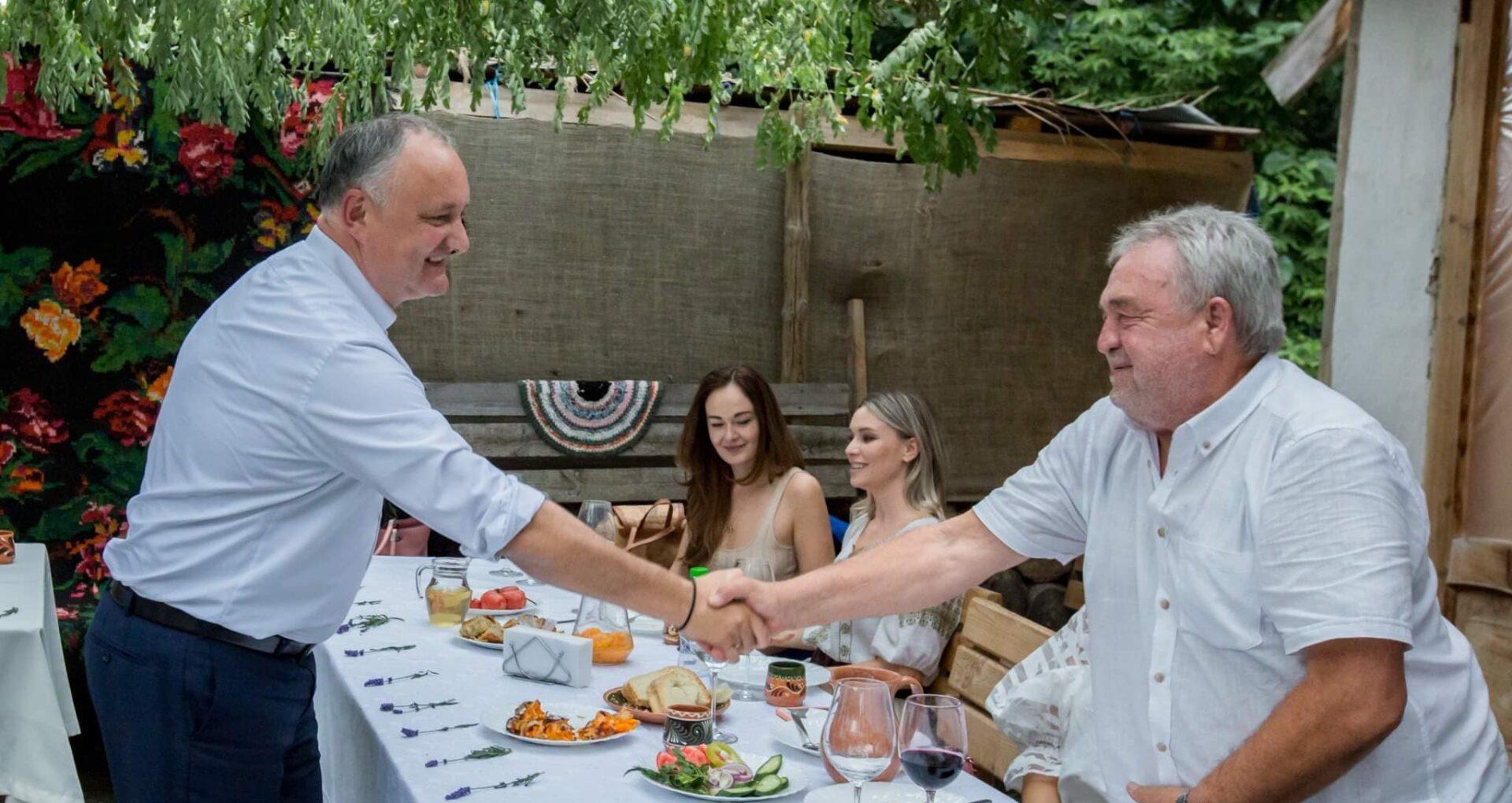 Distincția de stat supremă a R. Moldova, acordată pentru trei oameni de cultură