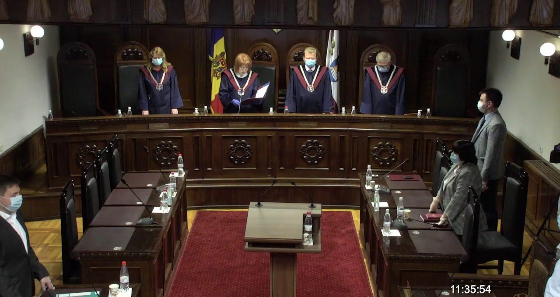 VIDEO/ Curtea Constituțională  a declarat inadmisibilă sesizarea PAS privind posibilitatea de auto-dizolvare a Parlamentului