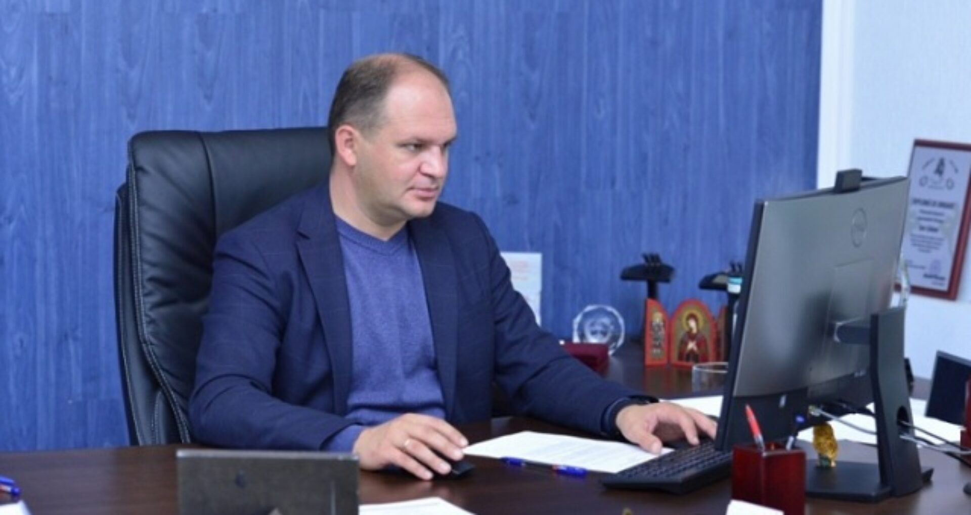 """VIDEO/ Ion Ceban: Am salariu de 18.000 de lei. Unii consilieri primesc 26.000 de lei pentru că fac """"mușchi la fălci"""""""