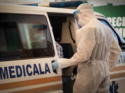Bilanțul persoanelor infectate cu noul tip de coronavirus: 693 de infectări și 53 de pacienți conectați la aparatele de respirație asistată
