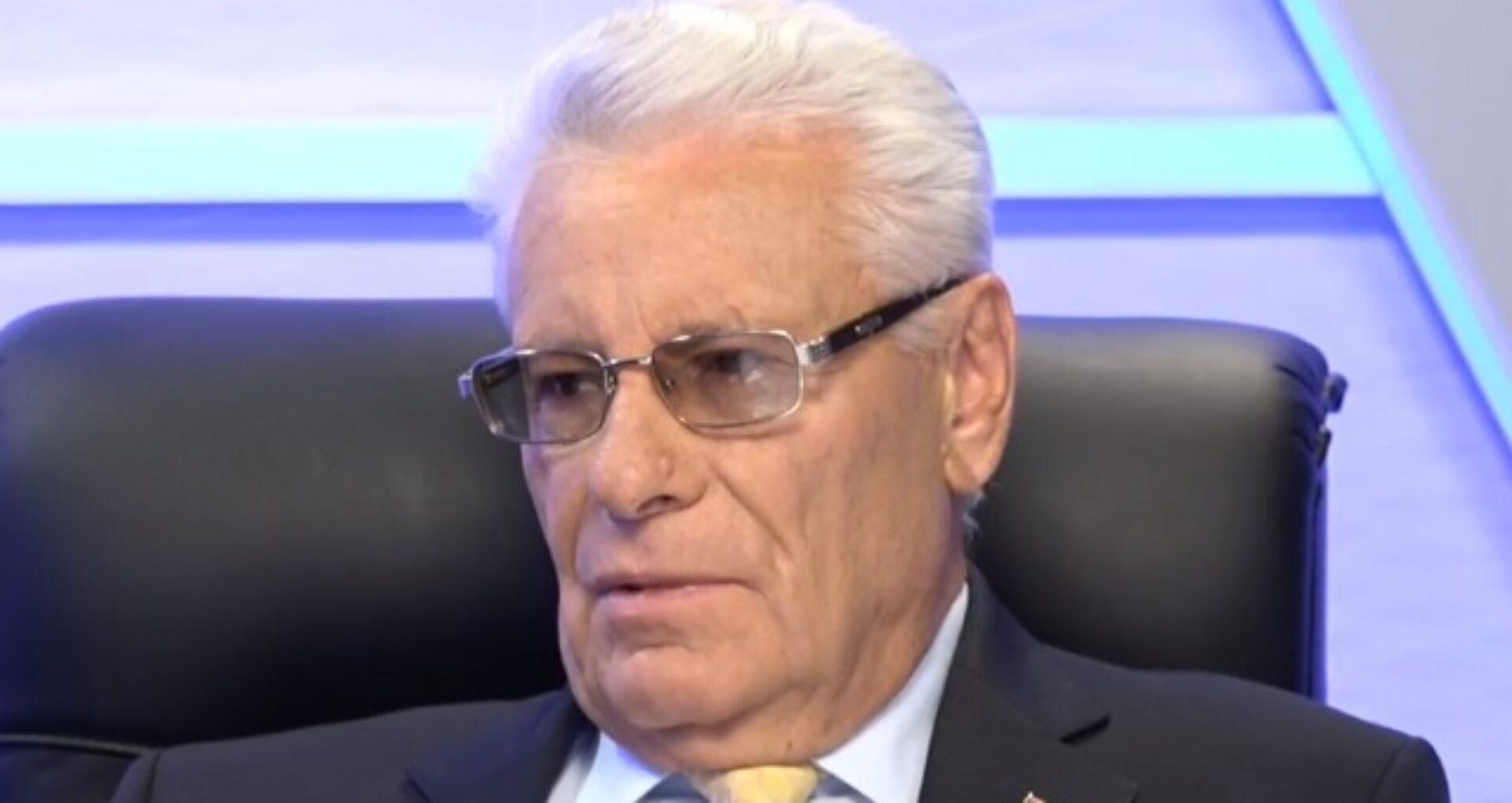 Privilegiile de care beneficiază fostul șef al statului, Petru Lucinschi, după 19 ani de la încheierea mandatului de președinte al R. Moldova