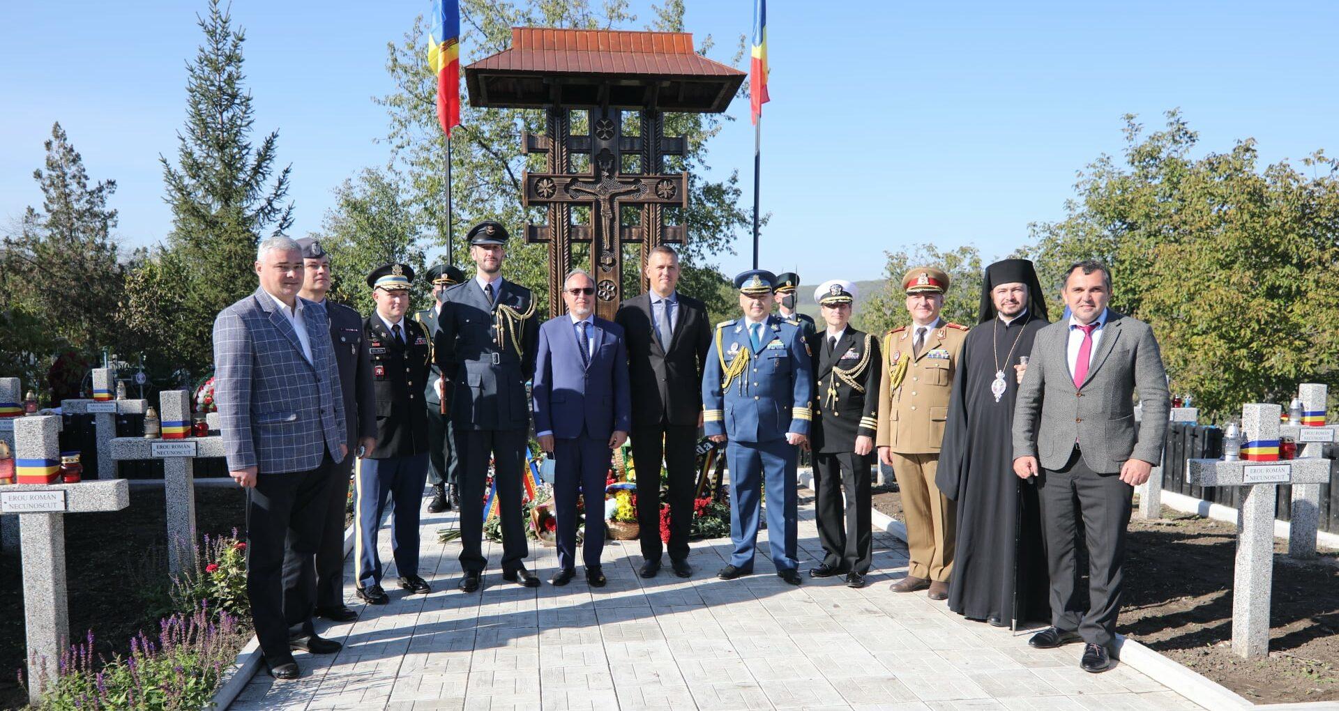 Ziua Armatei Române celebrată la cimitirul eroiolor militari români din Mana, Orhei