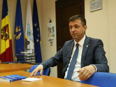 Interviu/ Președintele CEC, Dorin Cimil: Scopul primordial este ca scrutinul prezidențial să nu se transforme în unul de răspândire a infecției COVID-19