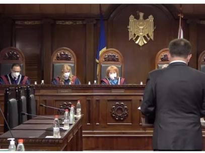 LIVE/ Curtea Constituțională analizează solicitarea deputatului Sîrbu privind acțiunea a două prevederi din Legea securității statului