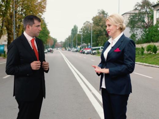"""VIDEO/ Ilan Șor a revenit """"virtual"""" pe străzile Orheiului. Liderul formațiunii în discuții cu candidata partidului Violeta Ivanov"""