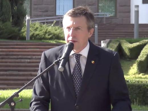 VIDEO/ Candidatul MPU, Dorin Chirtoacă, și-a prezentat sloganele și mesajele pentru campania  prezidențială