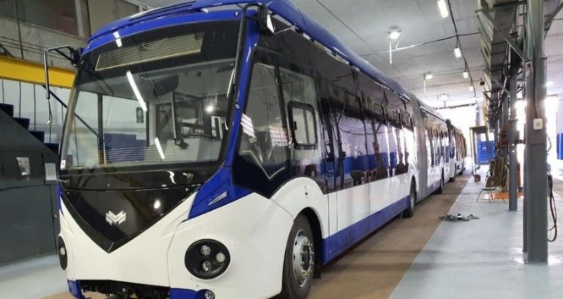 FOTO/ Două troleibuze noi, aduse din Belarus, vor fi lansate pe rute, în capitală: un vehicul costă 315 mii de euro