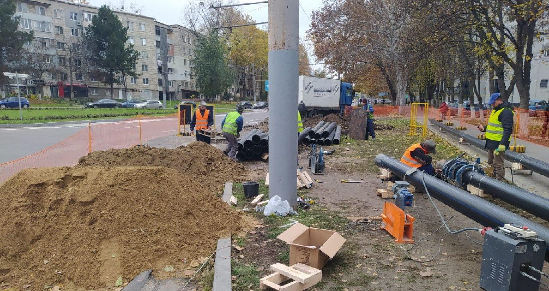 A început reabilitarea străzii Ion Creangă. În cât timp trebuie efectuate lucrările de circa 70 milioane de lei