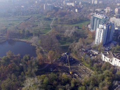 """VIDEO/ Decizii ale CSJ dispărute și acuzații de escrocherie în litigiul pentru un teren de milioane de lângă parcul """"Dendrariu"""""""
