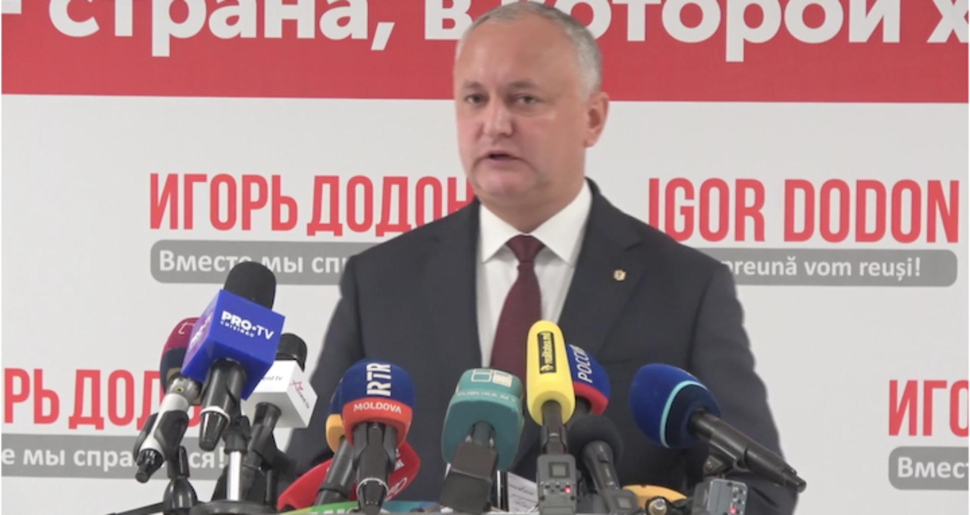 """Decretele de """"urgență"""" ale lui Igor Dodon din 2 noiembrie: A retras cetățenia ex-deputatului român Cristian Rizea și a aprobat 3 dosare din controversatul program cetățenie contra investiții"""