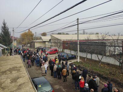 """""""Alegători plătiți și aduși în mod organizat la secțiile de votare"""". Încălcările semnalate de Promo-LEX în regiunea transnistreană"""