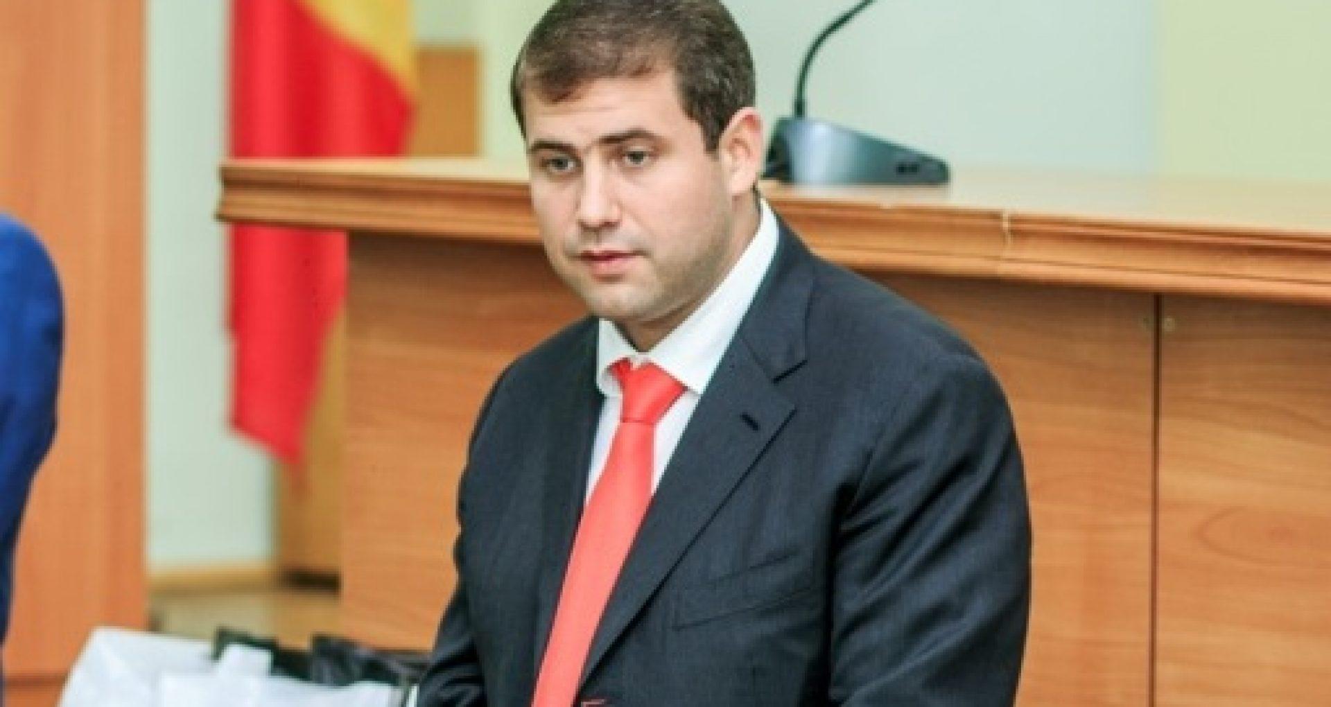 O nouă ședință de judecată în dosarul Șor a fost amânată. Curtea Constituțională, sesizată, din nou, de avocați