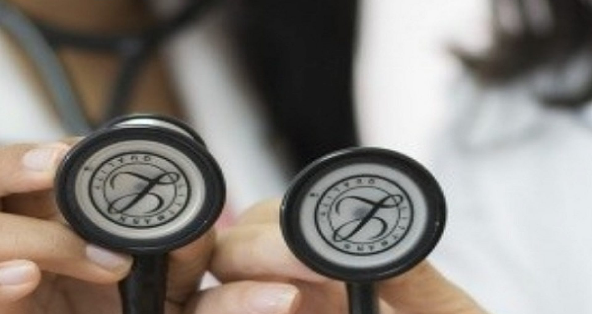 """Specialiștii din cadrul USMF, îngrijorați de noile prevederi pentru activitatea farmaceutică, aprobate de PSRM-ȘOR: """"Vor avea un impact extrem de grav asupra sănătății cetățenilor"""""""