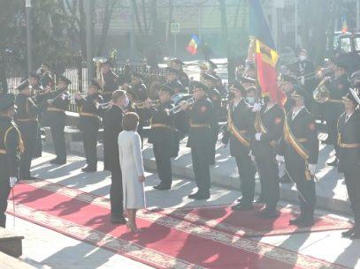 """Deputații PAS: """"Adresăm mulțumiri cordiale poporului român pentru ajutorul generos anunțat de Președintele Klaus Iohannis. România rămâne a fi cel mai sincer partener al R. Moldova"""""""