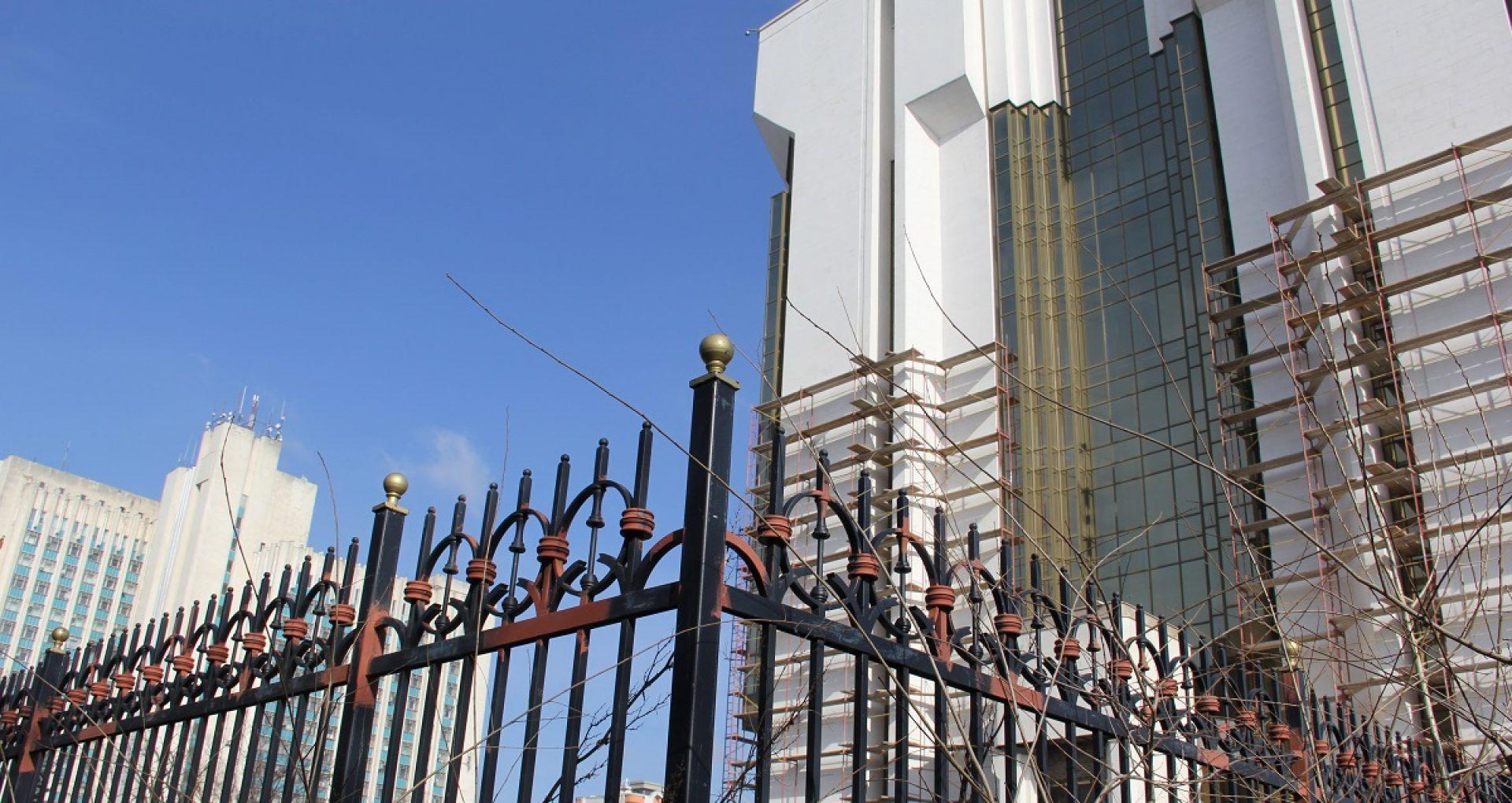 Maia Sandu a anunțat când va fi scos gardul metalic din jurul clădirii Președinției