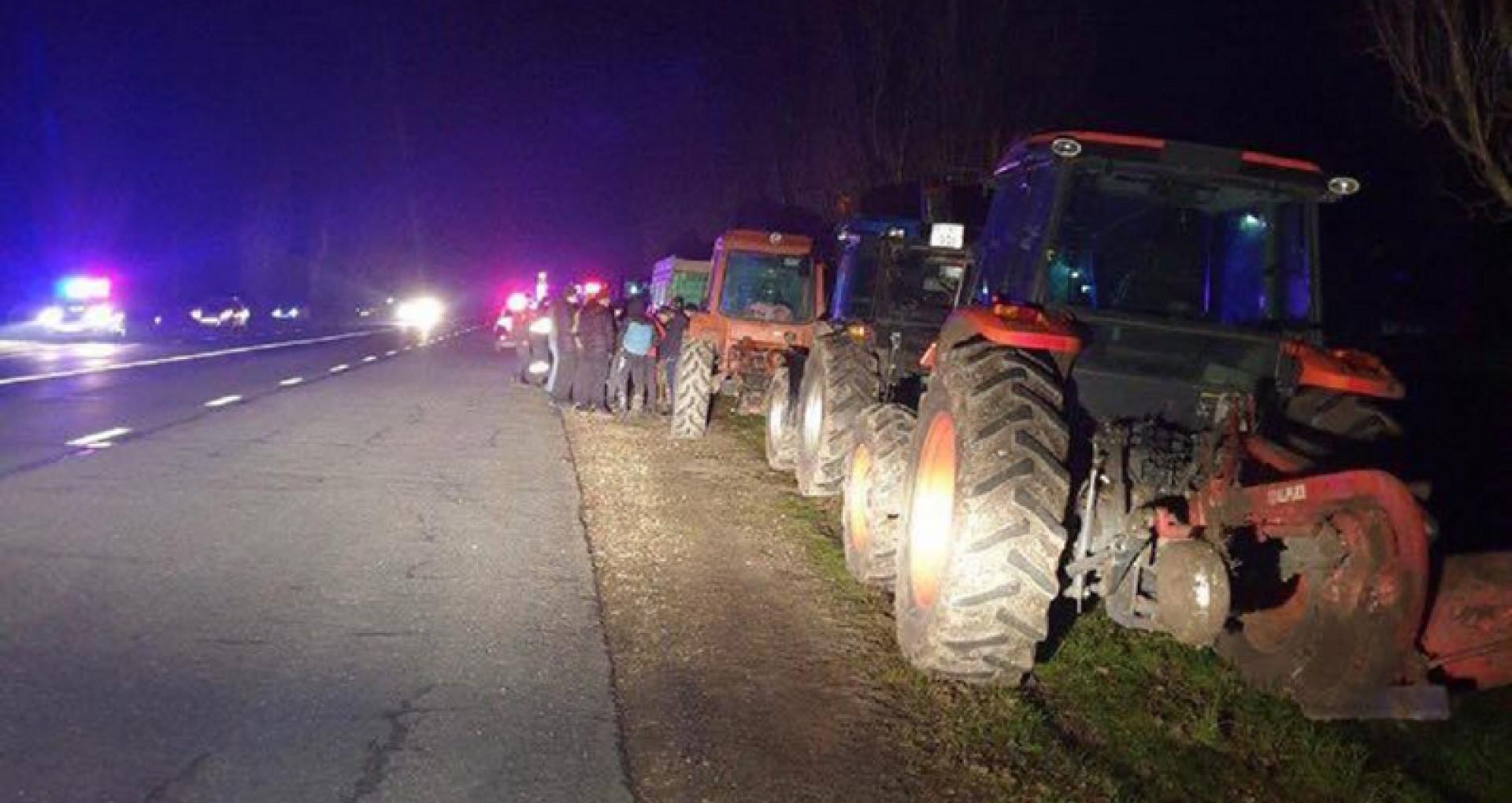 """VIDEO/ Mai mulți agricultori au anunțat că vor protesta mâine la vama Leușeni:  """"Demonstrați că sunteți solidari"""""""