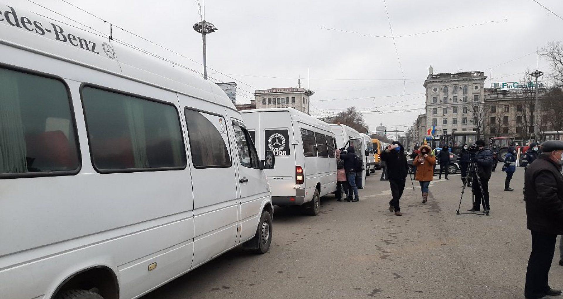 Transportatorii auto nu renunță la protest: Pe 23 februarie, peste 1500 de vehicule de rută din țară nu vor activa