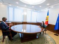 Președinta Sandu a avut o discuție cu Ambasadorul SUA în R. Moldova