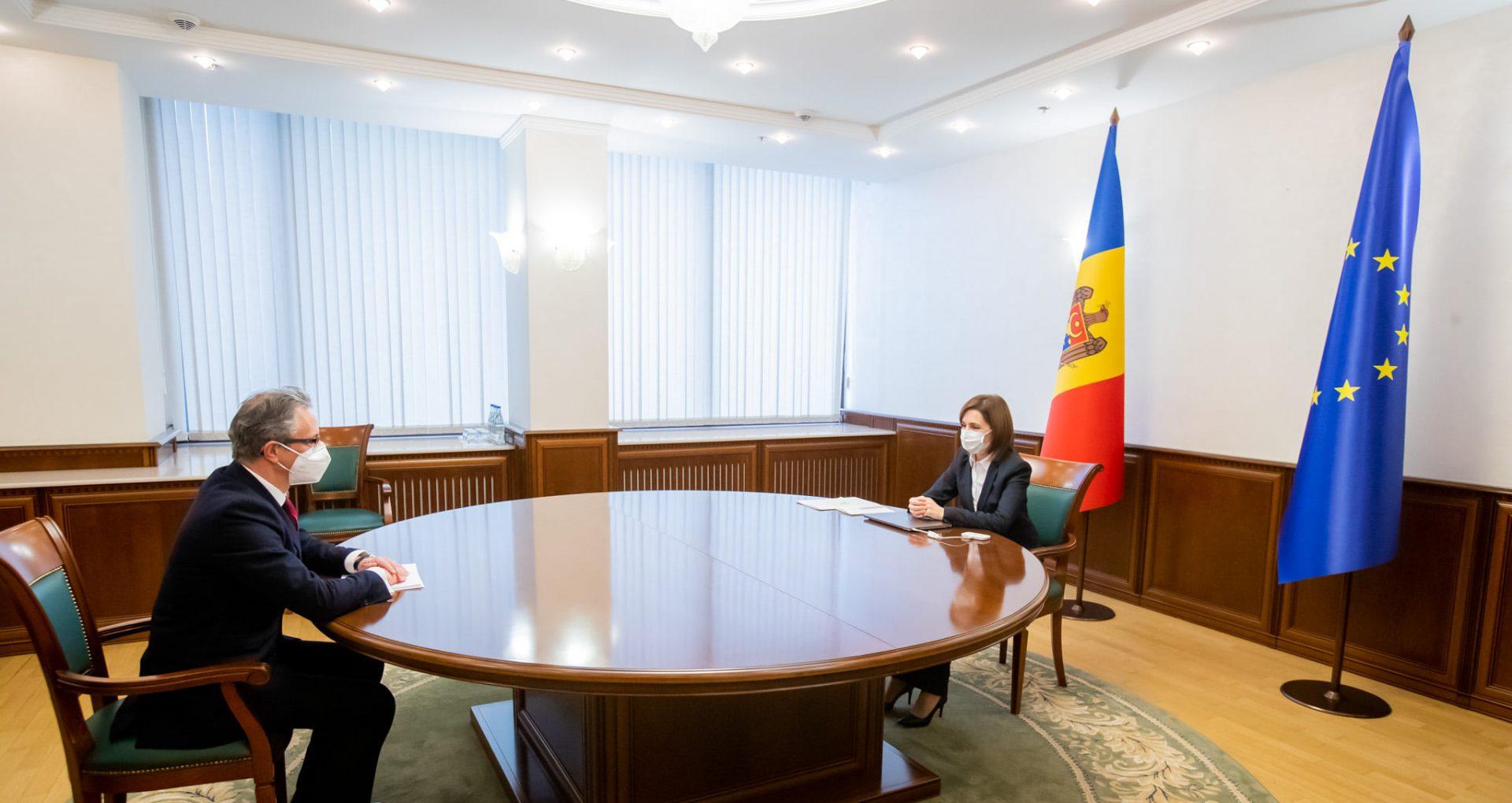 """Președinta Sandu, la discuții cu șeful Misiunii OSCE în R. Moldova: """"Între locuitorii de pe cele două maluri nu există niciun fel de neînțelegere sau dușmănie"""""""