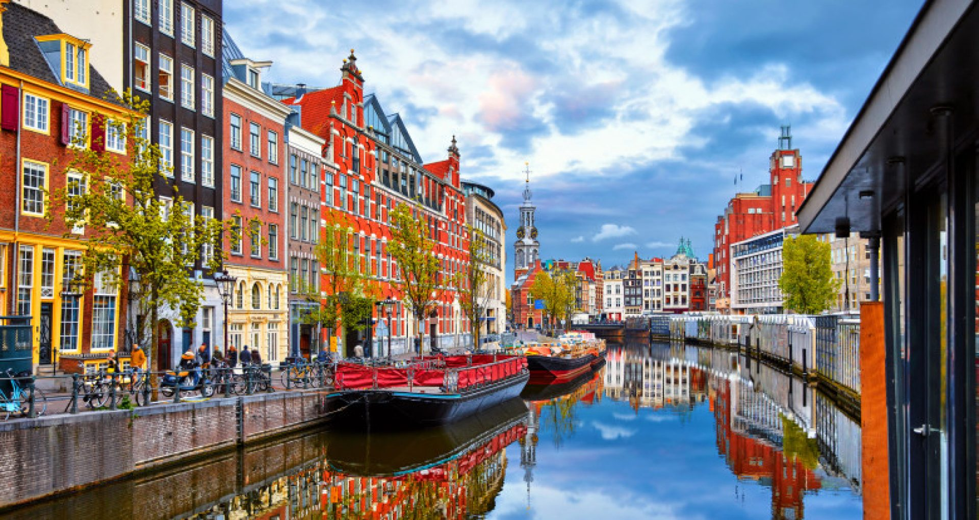 Olanda prelungește restricțiile pentru încă trei săptămâni, inclusiv închiderea școlilor