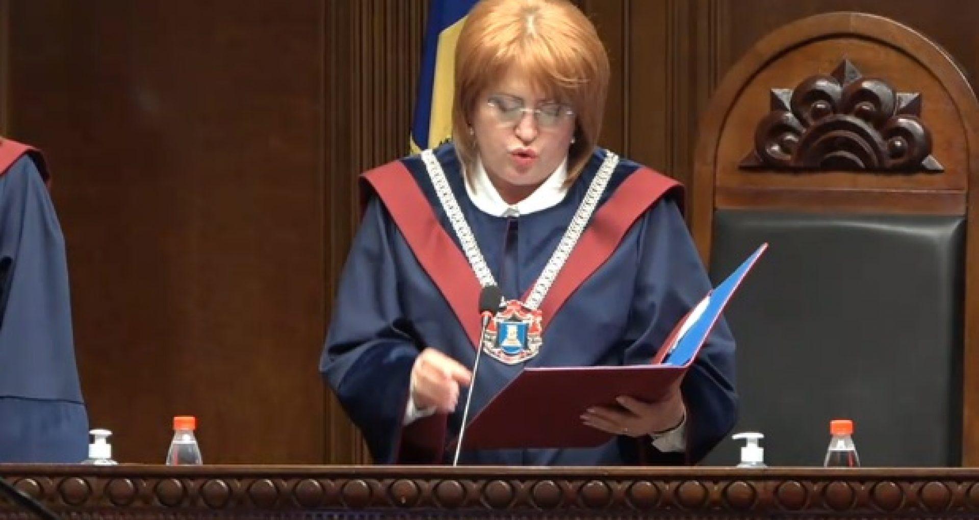 """Președinta Curții Constituționale, Domnica Manole, oferă detalii în legătură cu solicitarea de a-i fi acordată pază și protecție de stat: """"Simt o stare de pericol"""""""
