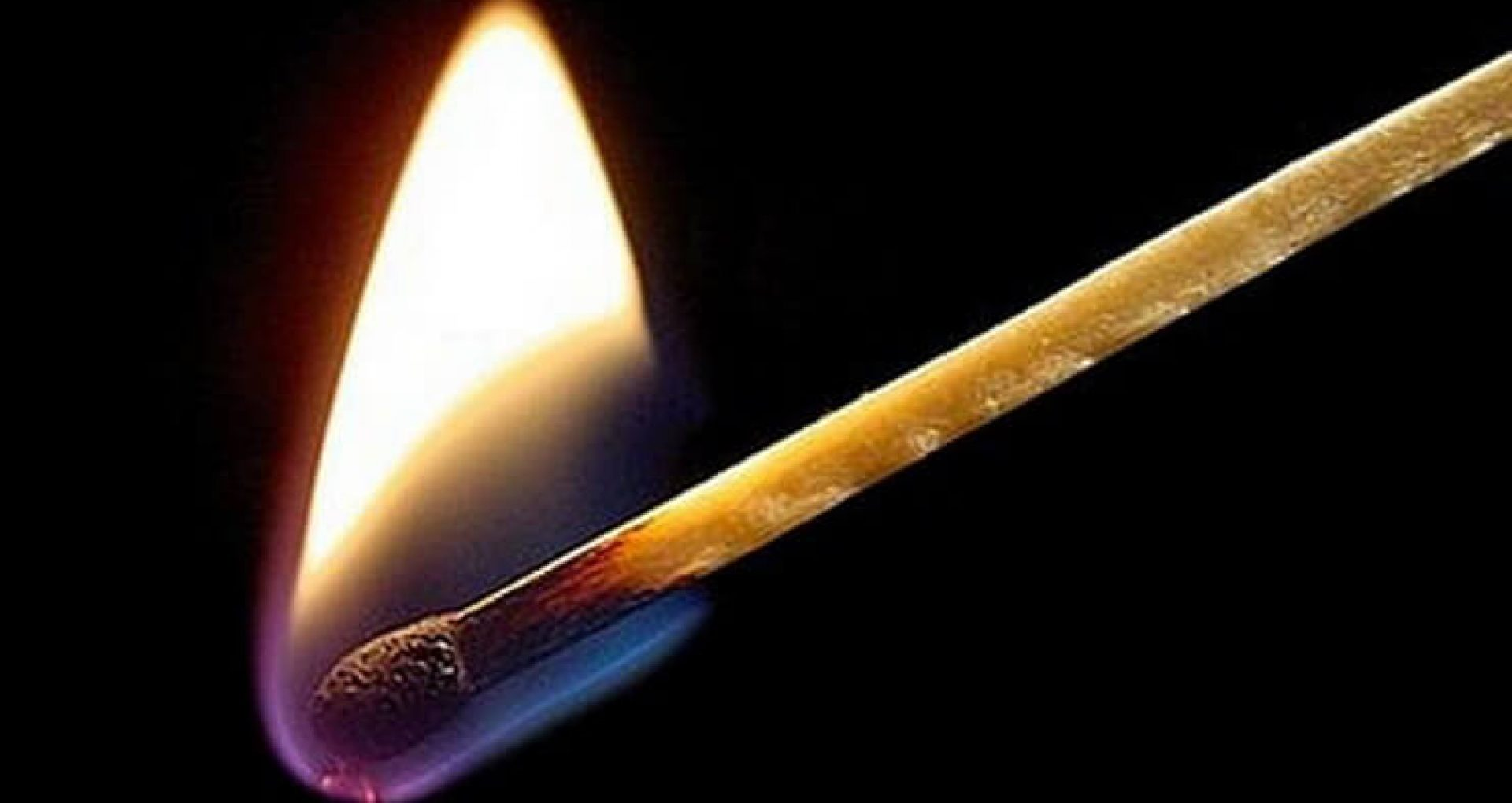 Bărbatul care a incendiat clădirea Procuraturii din Vulcănești, deferit justiției. Riscă până la 7 ani de închisoare