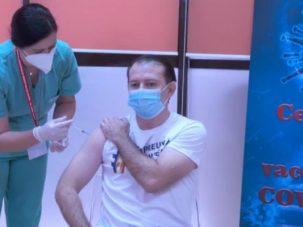 VIDEO/ Premierul României s-a vaccinat împotriva COVID-19