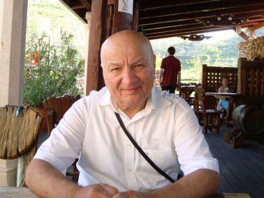 """""""Grădinăritul ecologic înseamnă să cunoști ce se întâmplă în sol"""" – interviu cu Ion Cazacu"""