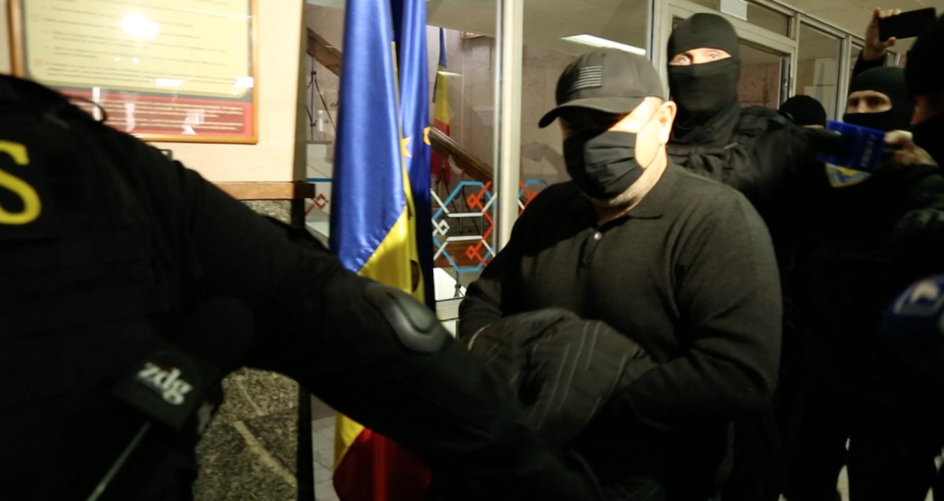 Magistrații au prelungit cu încă 30 de zile arestul la domiciliu pentru șeful adjunct al ANP, Serghei Demcenco