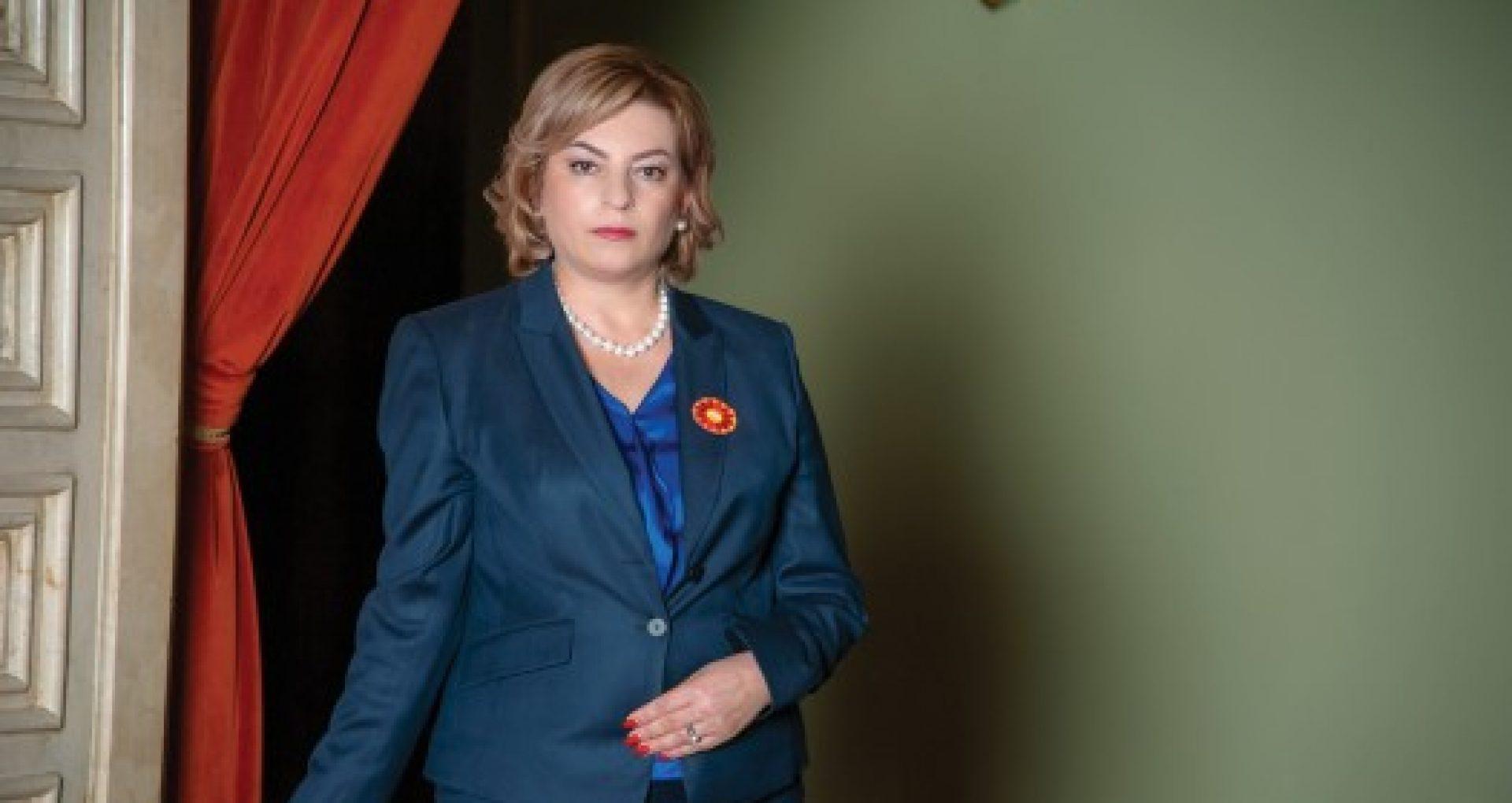 CV-ul Marianei Durleșteanu, candidata PSRM la funcția de premier. A fost ministră în Guvernul Greceanîi și ambasadoare în Regatul Unit