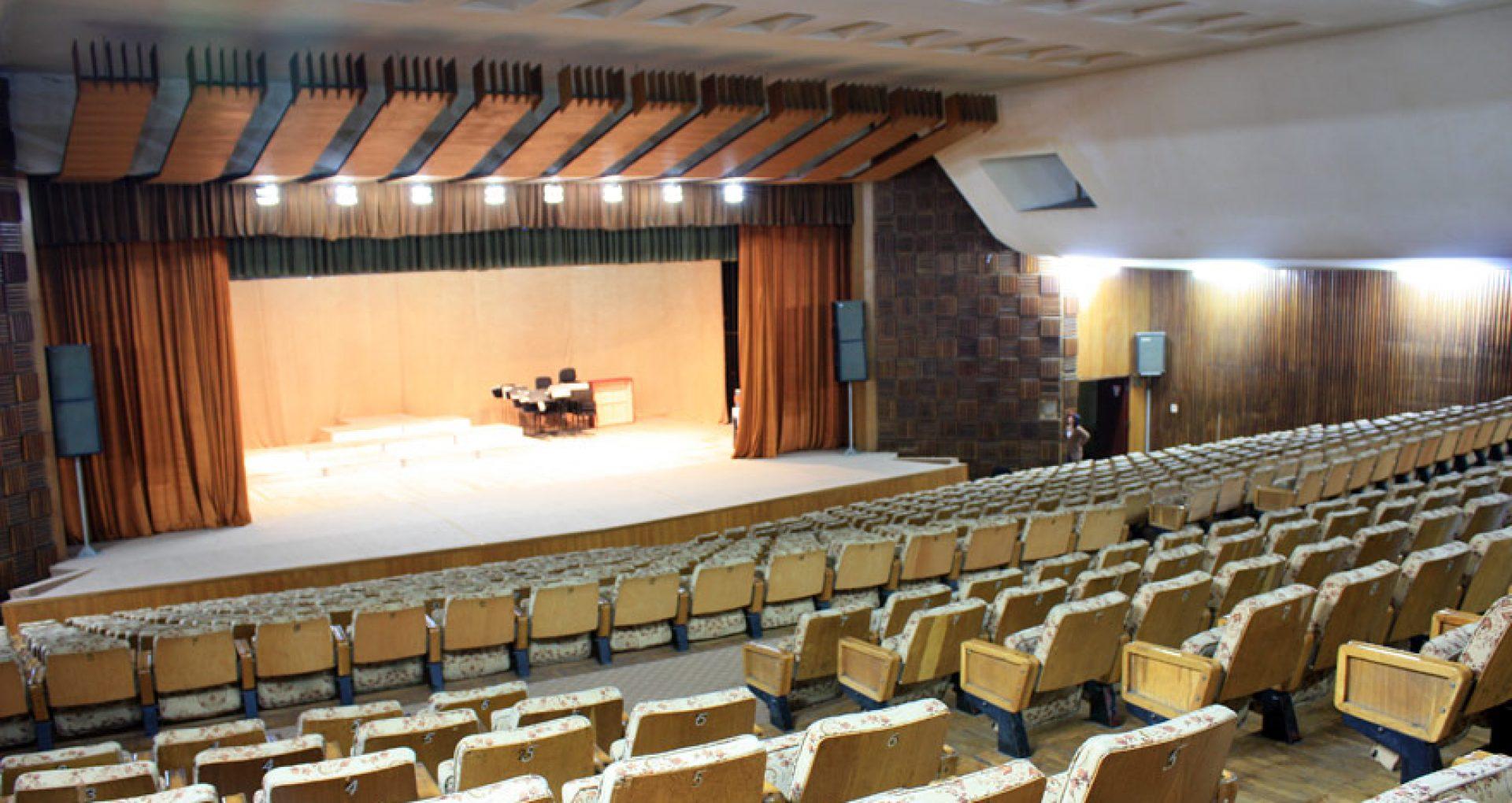 DOC/ Sălile de concerte și casele de cultură își redeschid ușile pentru spectatori