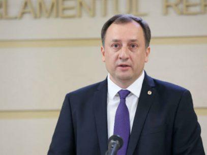 """DOC/ Deputatul Partidului """"Șor"""" Denis Ulanov a acționat în judecată Parlamentul R. Moldova: solicită anularea actului prin care a rămas fără imunitate"""