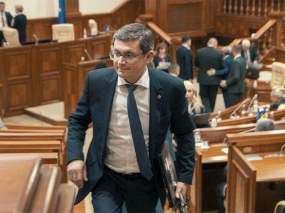 """Președintele Parlamentului, despre contractul de livrare a gazelor naturale: """"Ne dorim să avem un contract semnat cu Gazprom până la sfârșitul lunii la un preț bun"""""""