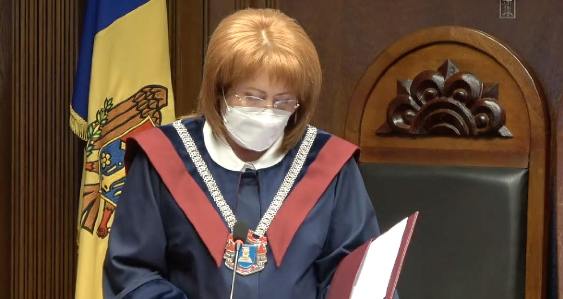 """Pază de stat pentru președinta Curții Constituționale, Domnica Manole: """"La baza solicitării au stat mai multe amenințări, inclusiv cu bombă, dar și declarațiile cel puțin nepotrivite ale unor politicieni"""""""