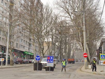 În zilele de odihnă va fi suspendat total traficul rutier pe un tronson al străzii Ion Creangă. Cum va circula transportul public