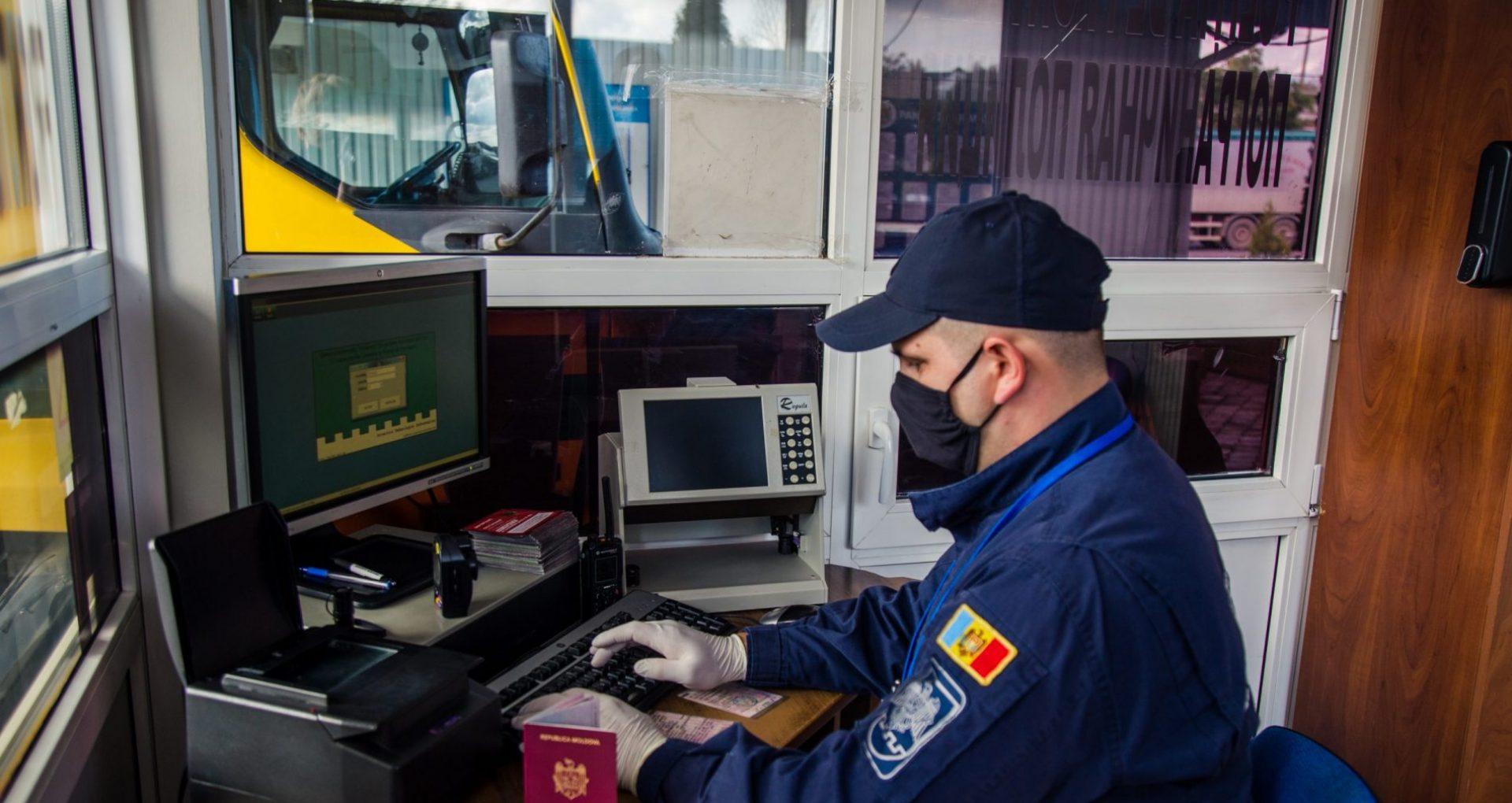 18 teste COVID-19 falsificate, depistate la trecerea frontierei de stat