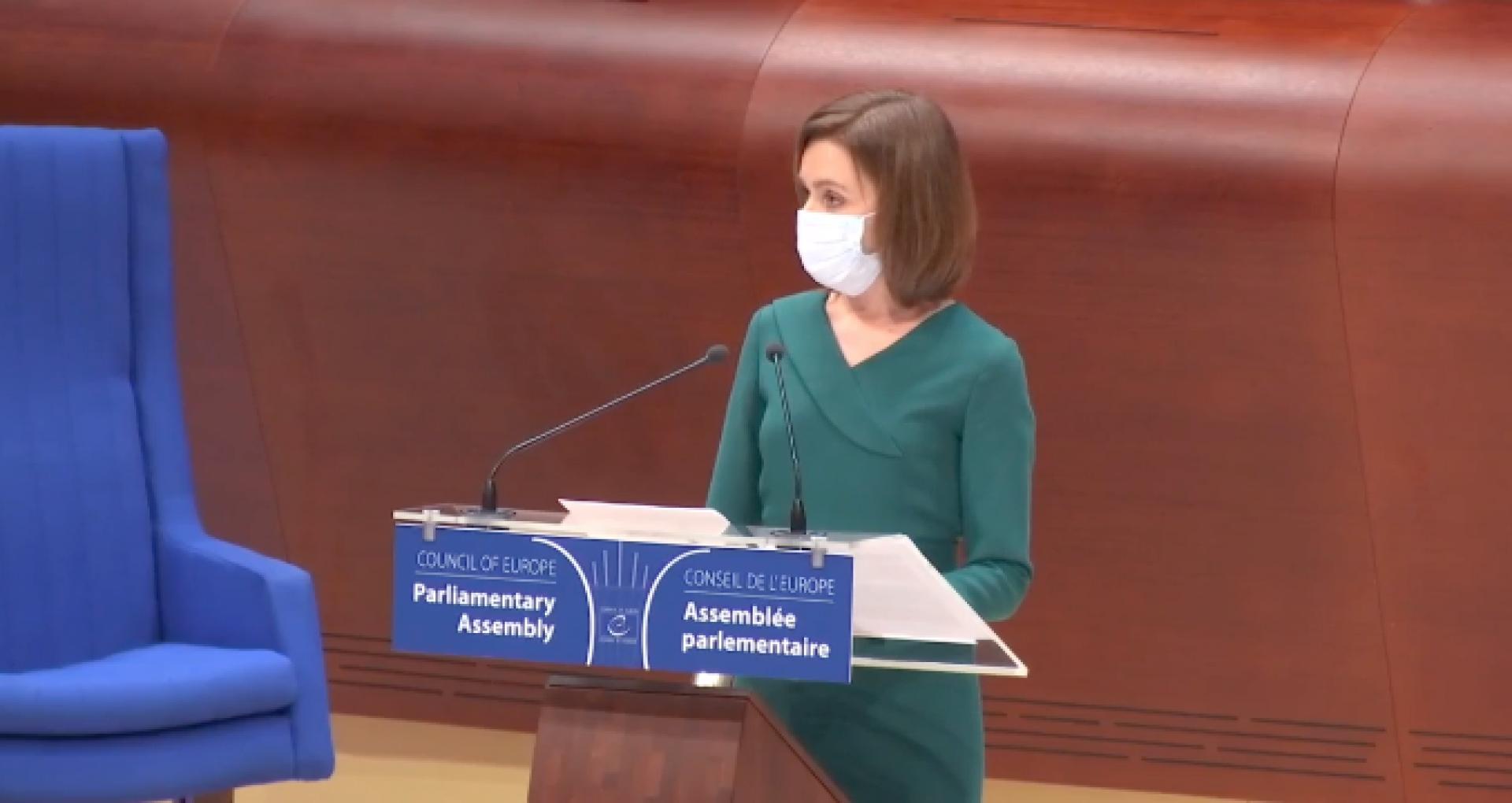 """Adresarea președintei R. Moldova, Maia Sandu,  în plenul Adunării Parlamentare a Consiliului Europei: """"Moldovenii se unesc, pregătiți să-și reconstruiască țara. Sunt onorată că am fost aleasă președinte al acestei țări"""""""