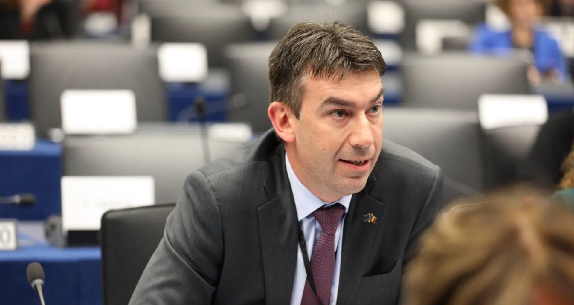 """Europarlamentarul Dragoș Tudorache condamnă deciziile adoptate de PSRM – ȘOR: """"Președinta CC trebuie să își ducă mandatul la bun sfârșit, iar pretinsa numire de astăzi nu are nicio valoare legală"""""""