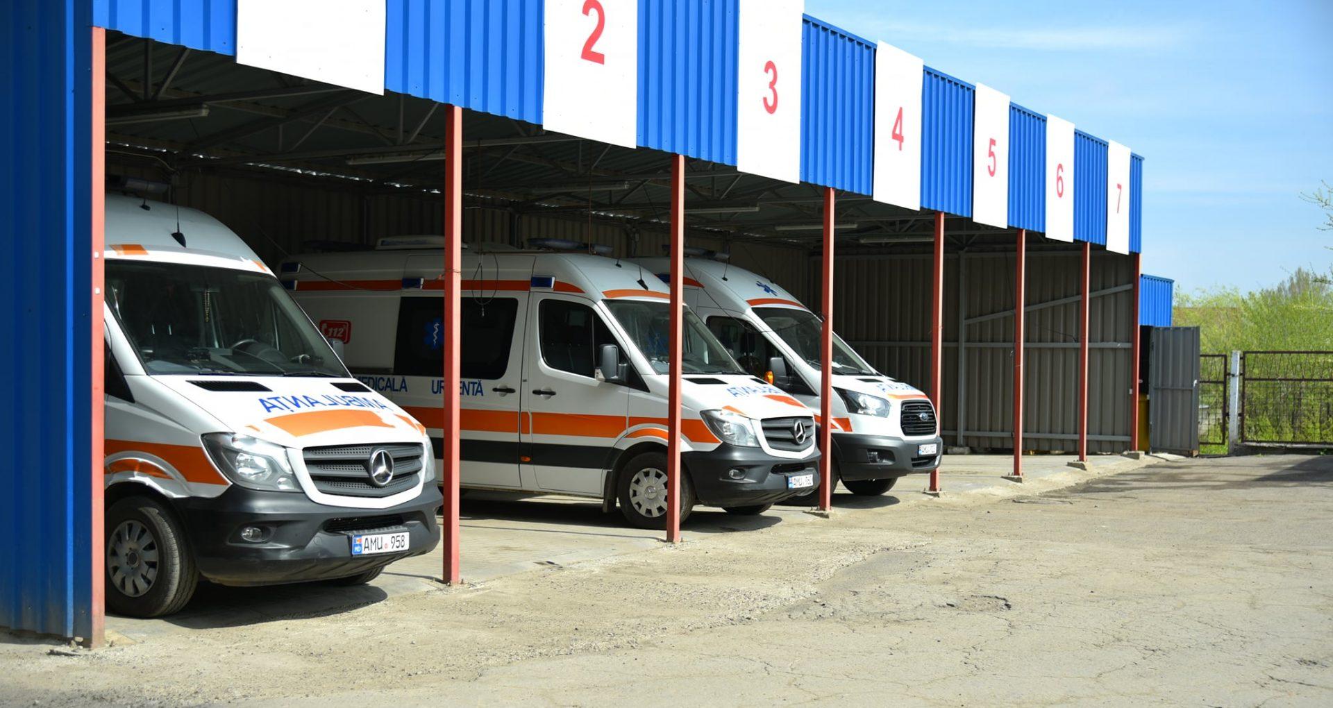 """DOC/ Licitația în valoare de peste 31 de milioane de lei pentru procurarea a 22 de ambulanțe, anulată. Directorul CAPCS: """"câștigătorul nu putea să-și onoreze obligațiunile"""""""