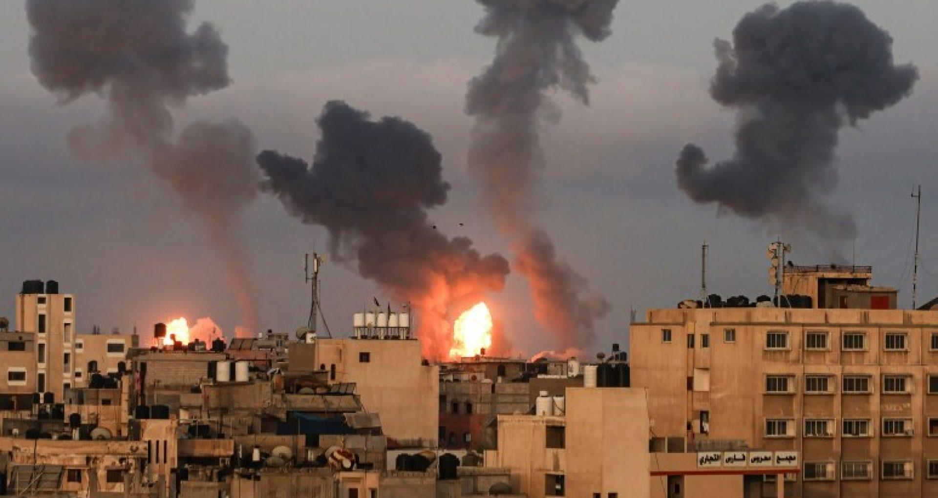 """VIDEO/ Noi lovituri aeriene ale Israelului au vizat poziții ale Hamas, din Gaza. Ministrul israelian al Apărării: """"Ne oprim când vom avea liniște deplină"""""""