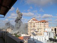 FOTO/ Israelul anunță că atacurile aeriene au ucis un comandant militant de rang înalt. SUA face apel pentru pace