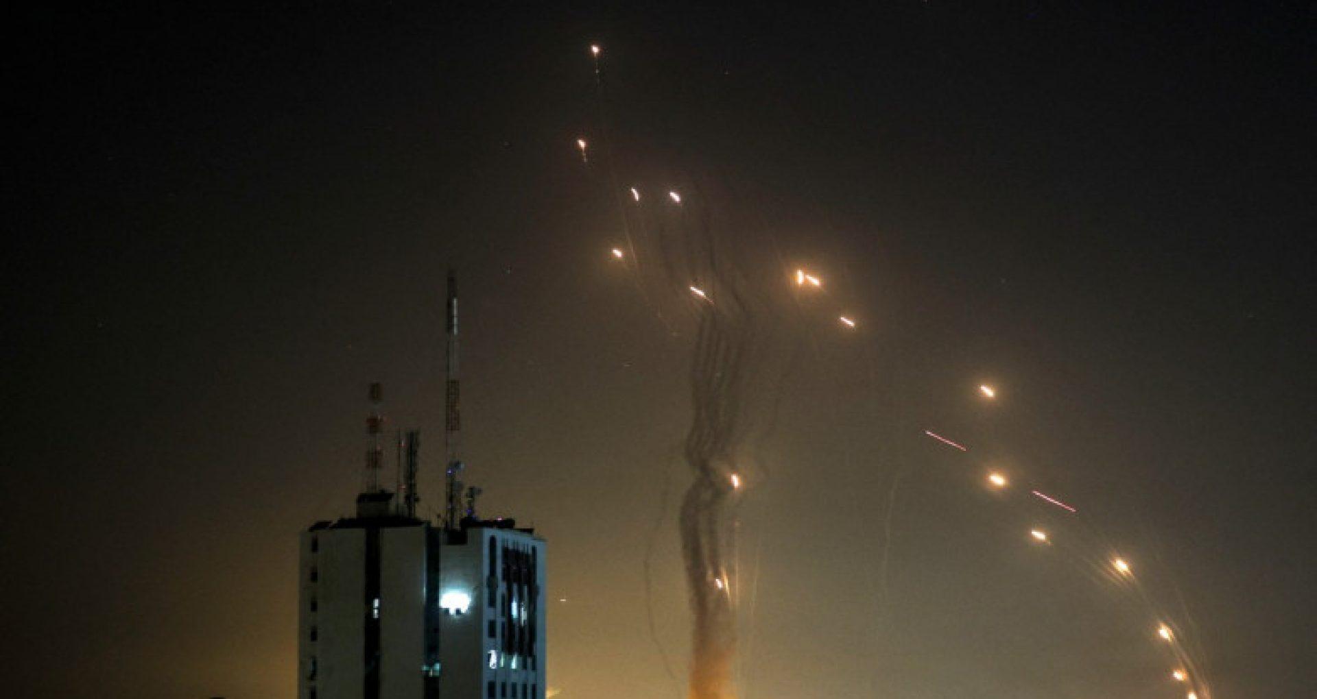 """Ambasada R. Moldova în statul Israel anunță că au început relansările de rachete din Fâșia Gaza și îndeamnă moldovenii să respecte toate indicațiile autorităților israeliene: """"Pregătiți geanta cu actele și lucrurile strict necesare și țineți-o la îndemână"""""""