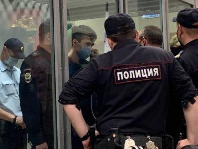 FOTO/ Autorul atacului cu împușcături de la școala din Kazan, arestat pentru două luni. Anterior acesta a fost diagnosticat cu cancer pe creier
