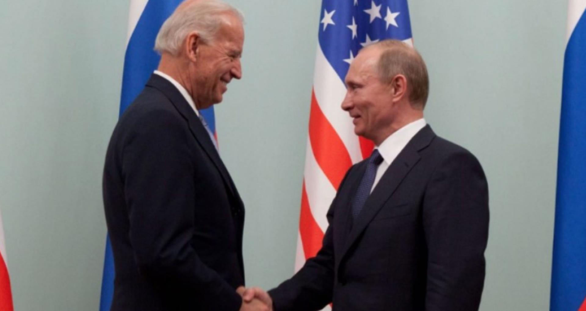 Politico: foști oficiali americani nu exclud o întâlnire între Putin și Biden la Praga sau Reykjavik