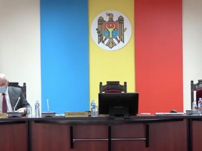 """Membrii CEC anunță că au solicitat Cabinetului de miniștri în demisie alocarea a încă 22,4 milioane de lei pentru organizarea scrutinului parlamentar. Cimil: """"Guvernul urmează să aprobe o hotărâre"""""""