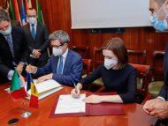 """R. Moldova și Republica Italiană au semnat Acordul în domeniul securității sociale. Președinta Sandu: """"Documentul oferă posibilitatea ca, obținând o pensie în această țară, să o poată primi și acasă, dar și invers"""""""