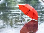 Meteorologii anunță temperaturi generoase, însă însoțite de ploi cu descărcări electrice, în următoarele trei zile