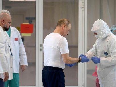 Vladimir Putin a declarat că s-a vaccinat cu serul Sputnik V și consideră că nu este necesar ca toți oamenii să vaccineze cu Sputnik V
