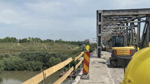 Autoritățile din România anunță la ce etapă se află proiectele, finanțate de UE, de reabilitare a patru poduri peste Prut și construcție a unui nou pod